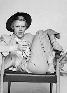 13 Times David Bowie Fought Fashion — & Won