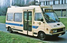 X MINIBUS 8916 | Michel REPS | Flickr Recreational Vehicles, Van, Photography, Fotografie, Photograph, Camper Van, Vans, Photo Shoot, Fotografia