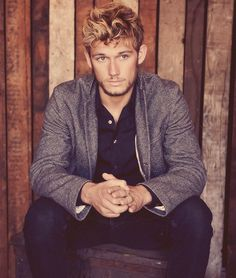 That sexy human being right there is Alex Pettyfer. Or as I cast him… Number Four.
