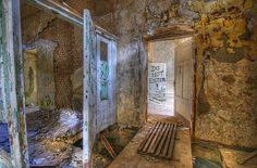 Capturing moments in time, deserted cities, towns, buildings and other abandoned property can be powerfully evocative. Many people break laws, trespass on property and risk life and limb to explore and photograph abandoned places.