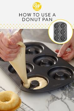 Want to satisfy that donut craving without leaving the house? No need to heat up the oil, with one of these non-stick donut pans, you can bake a batch of fresh donuts in no time. Easy Donut Recipe, Baked Donut Recipes, Baked Doughnuts, Baking Recipes, Dessert Recipes, Doughnuts Recipe Without Yeast, Baked Donut Recipe Without Donut Pan, Cake Donut Recipe Baked, Donut Baking Pan