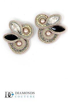 Authentic Dori Csengeri Haute Couture Earrings Swarovski Desiree DES-E202 Beadwork, Beading, Swarovski, Soutache Earrings, My Boutique, Dory, Gemstone Rings, Jewelry Design, Tutorials
