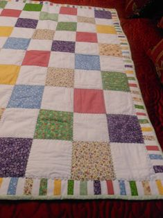Sewing Block Quilts Baby Square Blocks Quilt - 48 inches X 40 inches - Baby Quilts Easy, Baby Patchwork Quilt, Patchwork Quilt Patterns, Beginner Quilt Patterns, Baby Girl Quilts, Boy Quilts, Girls Quilts, Quilts For Kids, Diy Baby Clothes Quilt