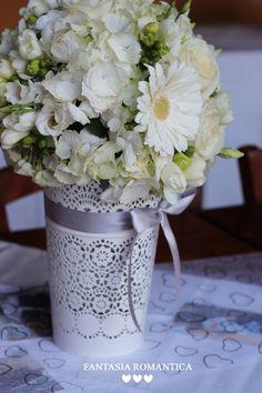 Fantasia Romantica by Francesca Peruzzini for Anniversario di Matrimonio 25 Nozze d'argento - Wedding Anniversary in White and Silver