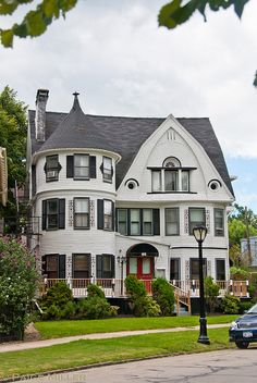 beautiful home on Bidwell Parkway, Buffalo, NY (I've always loved this house!)