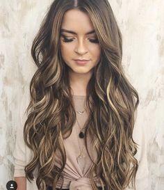 Super Hair Goals Long Beach Waves 41 Ideas - All About Hairstyles Beach Wave Hair, Long Beach Hair, Long Beach Waves, Long Wavy Hair, Short Hair, Brown Hair With Highlights, Hair Color And Cut, Super Hair, Great Hair
