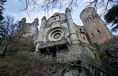 Google Image Result for http://reliques.online.fr/images/castello1.jpg