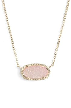 Absolutely adoring this simple yet chic Kendra Scott necklace that features a glittering stone.