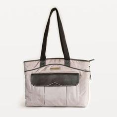 Newport-17-inch-laptop-bag-for-women-black-front