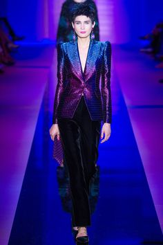 Armani Privé Fall 2015 Couture Runway yesyesyes. Technicolor rockstar, sleek