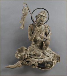 平等院 雲中供養菩薩像 Bodhisattvas cloud like North on the 10th mode engraved. Byodoin Temple - Kyoto, Japan.