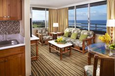 Need more space? The Ocean View One Bedroom at Queen Kapiolani combines stunning views with ample room. #Hawaii #Waikiki #AquaHotels