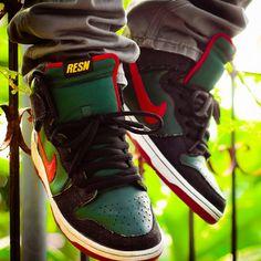 b1a0b3f65c 13 Best Nike Dunk images | Nike sb dunks, Slippers, Tennis