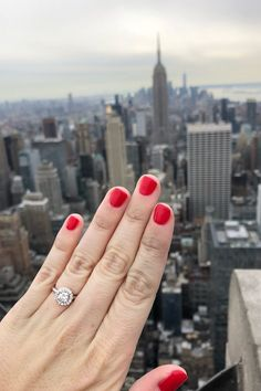 New York City ring selfies. New York City ring selfies. Dream Engagement Rings, Engagement Bands, Antique Engagement Rings, Designer Engagement Rings, Ring Designs, Gifts For Women, Selfies, York, City