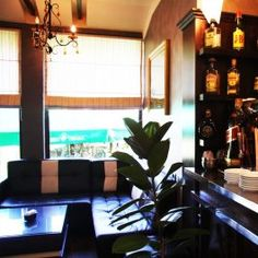 bar-at-hotel-union-kamez  http://hotelunion.al/bar-restaurant-2/
