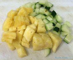 Receta de Ensalada de repollo morado con piña - Fácil