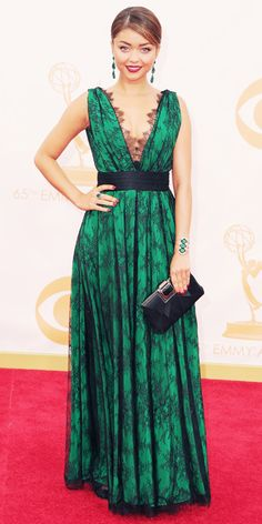 Sarah Hyland in CH Carolina Herrera...I really want to copy this for the fall ball (bringing the center in more, natch)