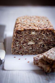 Semínkový chleba bez mouky - Zapálená kuchařka