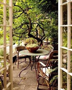 1,234 mentions J'aime, 23 commentaires - @pino3bravo sur Instagram: «OUTdoor #interiordesign#decoinspiration#pinterest#outdoor#chicexteriors#antiques#timeless»