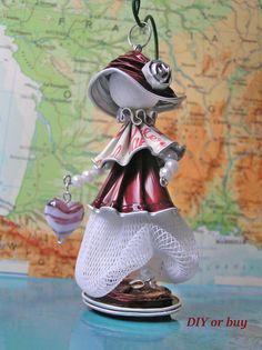 Made by Kriszta Trunkos Dosette Nespresso, Bijoux Fil Aluminium, Coffee Pods, Diy Arts And Crafts, Beads And Wire, Fabric Dolls, Handmade, Etsy, Purple