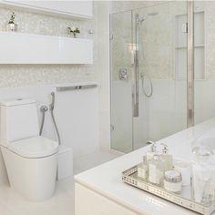 Banheiro branco perfeito