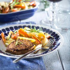 Porsaan ulkofileepihvit ja uunikasvikset on viikonlopun helppo ja maukas ruoka.