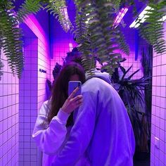 Image about love in 💜✨ purple aesthetic by sophia Couple Tumblr, Tumblr Couples, Ulzzang Couple, Ulzzang Girl, Cute Couples Goals, Couple Goals, Tumblr Neon, Couple Travel, Poses Photo