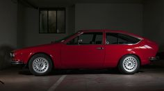 This Is An Alfa Romeo Fit For A Futuristic Fine Artist • Petrolicious