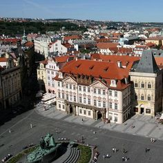 Kinsky Palace on Old Town Square, Prague Old Town Square, Prague, Palace, Times Square, Arch, Street View, Woman, Travel, Viajes