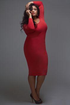 Fashion To Figure | Anita is sweet and ravishing in this FTF dress.