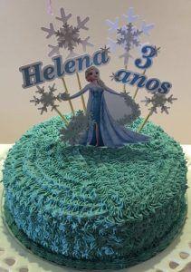Bolo da Elsa: 80 Modelos Fantásticos Para se Inspirar! Bolo Frozen, Elsa Frozen, Bolo Elsa, Birthdays, Simple, Cake, Ideas Para, Birthday Ideas, White Frosting