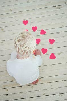 ANTI SECHE.  Déco. DIY. Confettis coeur.  #valentinesday #valentine