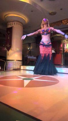Oriental Didem Belly dancer