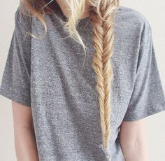 messy braid. ♡