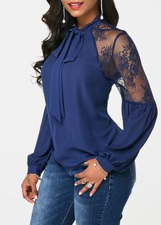 Stylish Tops For Girls, Trendy Tops, Trendy Fashion Tops, Trendy Tops For Women Modest Fashion, Trendy Fashion, Fashion Outfits, Fashion Blouses, Ladies Fashion, Fashion Trends, Women's Fashion, Trendy Tops For Women, Blouses For Women