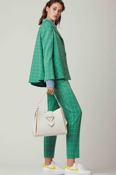 SARA BATTAGLIA Resort 2019 Milan Collection - Vogue