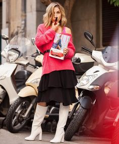 Wear it like Annoussa Mella Skater Skirt, Celebrities, Skirts, How To Wear, Style, Fashion, Swag, Moda, Skirt