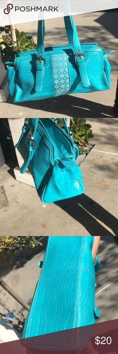 Nine West bag Its in great condition. Nine West Bags Mini Bags