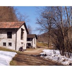 Malcantone Switzerland, Hiking, Cabin, House Styles, Instagram, Home Decor, Walks, Decoration Home, Room Decor