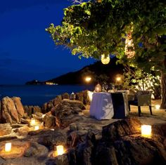 It's just you two and the ocean blue tonight at @Mandy Dewey Seasons Resort Koh Samui, Thailand. This moment's all yours with a Four Seasons Gift Card.