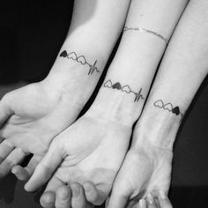 50 powerful matching Tattoos share with someone you love - Tattoo. - 50 powerful matching Tattoos share with someone you love – Tattoo designs 50 powerful matching Tat - Bff Tattoos, Mini Tattoos, Sibling Tattoos, Couple Tattoos, Love Tattoos, Unique Tattoos, Small Tattoos, Tattoo Quotes, Tattoos For Friends
