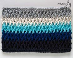 Free Crochet Pattern: Chroma Crochet Bag - choose your colors and then choose your style!three styles, has a video tutorial for the stitch used in this.-- love these colors! Crochet Shell Stitch, Crochet Tote, Crochet Handbags, Crochet Purses, Diy Crochet, Crochet Crafts, Crochet Hooks, Crochet Projects, Moogly Crochet