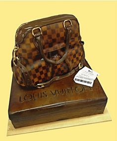 Trevi Bag Cake with the box and receipt