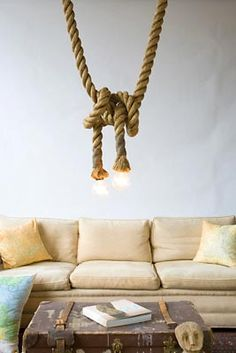 Lustre criativo com nó de cordas