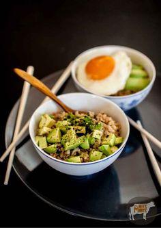 Tuna & Avocado Brown Rice Bowl   29 Super-Easy Avocado Recipes