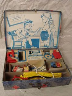 Auction Shopaholic: Unusual Vintage Toy Doctor Kits for Children