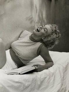 Photo by Andre de Dienes, Estilo Marilyn Monroe, Marilyn Monroe Photos, Marilyn Manson, Older Actresses, Believe, Norma Jeane, Iconic Women, Vintage Beauty, Vintage Fashion
