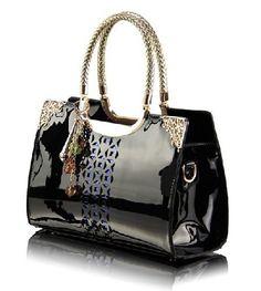 7c1063e6ee62 Роскошная женская сумка из натуральной лакированной кожи. Отделка  блестки,  кисточка, тиснение.