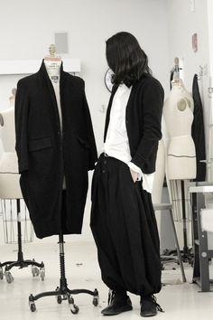 akumamatata: mobiujin:JIN LEEwearing Yohji Yamamoto Mobiujin Guidi x Siki Im