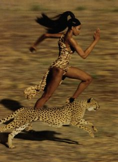 Naomi Campbell hecha toda una belleza africana!!